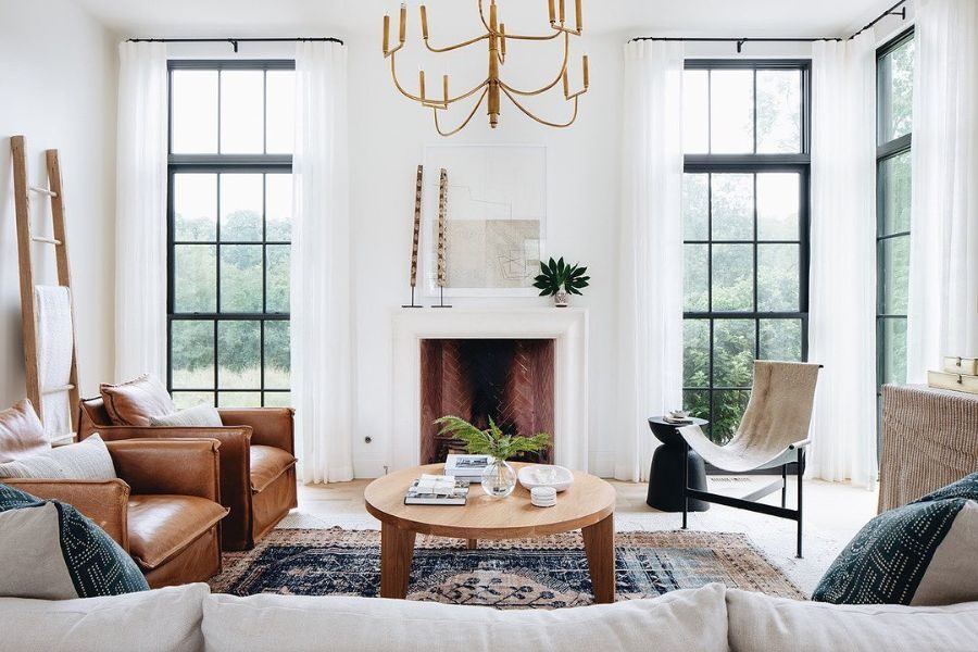 18 Do's and Don'ts of Decorating Your Mantel